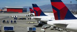 F�r skryt for pizzafester for forsinkede flypassasjerer