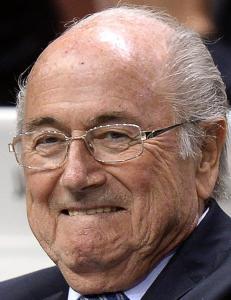 Prins Ali trekker  seg - Blatter blir FIFA-president i fire nye �r