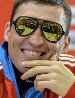 Legkov endrer alt f�r en ny skisesong - bytter til det russiske sprintlandslaget