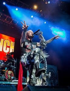 ANMELDELSE: Hardt og banalt fra Five Finger Death Punch i Spektrum
