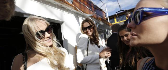 Fredriksen-d�trene p� luksuri�s shipping-fest: Vi er glade i Norge!