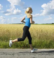Slik l�per du 10 km p� under 50 minutter