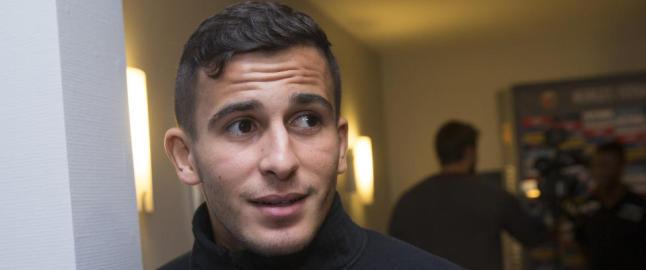 To gull og et bryllup for Olympiakos-Omar
