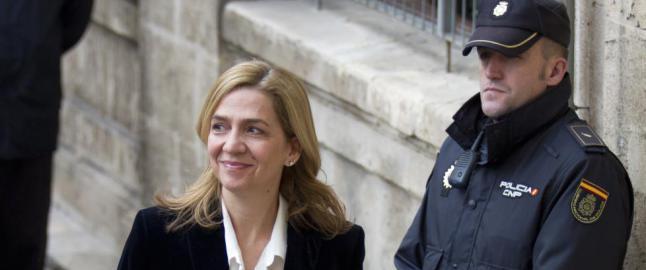 Kong Felipe fjerner s�sterens hertuginne-tittel