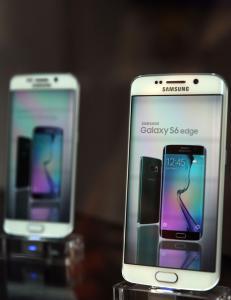 600 millioner Samsung-mobiler kan v�re utsatt: - Hackere kan ta kontroll over telefonen din, og du kan ikke gj�re noe med det