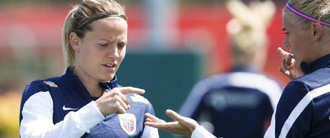 Kaptein R�nning er friskmeldt og spiller mot England