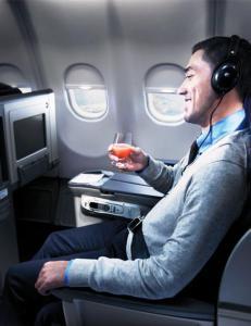 Slik f�r du brukt egne hodetelefoner om bord i flyet