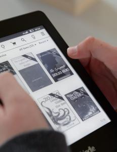 Kindle vil betale forfattere mer om du leser ferdig boka