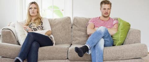 Unng� at forholdet ryker: Et av fem par krangler om penger