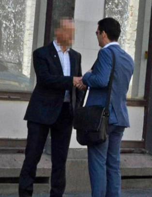 Russisk spion konfrontert p� �pen gate av PST