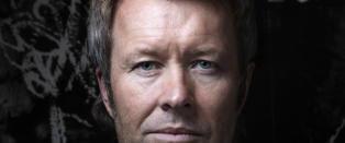 Mange Furuholmen lager verdens st�rste krukker til Kjell Inge R�kke