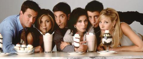 - Du kunne sette p� �Friends� p� en tirsdag og f� 800 000 seere