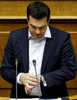 - Ikke sjans at Hellas f�r krisemidler f�r midnatt