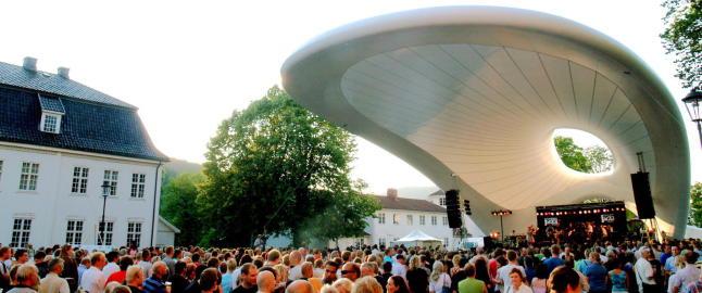 Festivalen annonserte booking f�r artisten ble spurt
