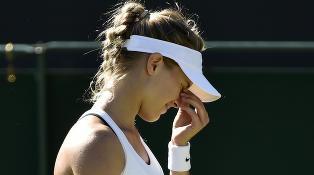 Kjempeskrell i Wimbledon: Fjor�rsfinalist r�k ut