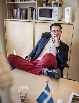 Sverigedemokratene  anklages for � overv�ke sine egne medlemmer