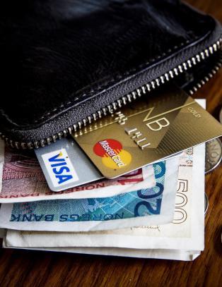 Test: Det dyreste kredittkortet er mer enn dobbelt s� dyrt i bruk som det billigste