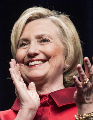 Hillary har samlet inn 350 millioner siden april