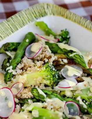 Spr� og friske salater til late sommerdager