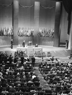 FN feirer 70 �r, men kritikken �ker