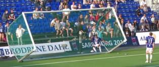 Det hjalp ikke at Sarpsborg veltet m�let. Molde vant 4-1