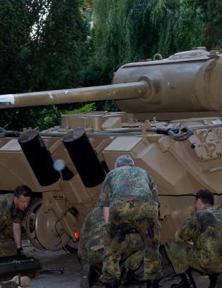 Politiet rykket ut og fant stridsvogn hjemme hos pensjonist