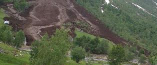 Jordras tok med seg flere bygg i Sogn