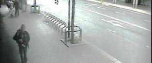 Stor politijakt p� denne mannen i Oslo: - Tok v�pen opp av gitarkasse, pekte mot forbipasserende og trakk av