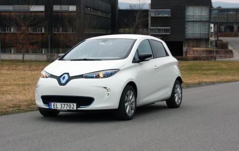 En Renault p� topp-fem-listen!