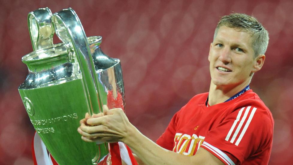 CHAMPIONS LEAGUE-VINNER: Bastian Schweinsteiger vant det jeve trofeet med Bayern München i 2013. Foto: Andreas Gebert/dpa
