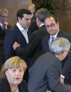 Frankrike kjemper for � snu Merkel