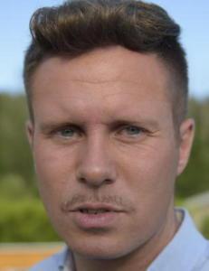 Eskil Pedersen fire �r etter terroren som tok livet av vennene: - Politiet kunne stanset Breivik tidligere