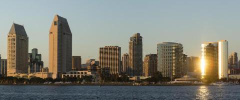 Hva heter den s�rligste millionbyen i California?