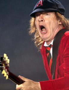 Dette er AC/DC-l�tene Norge vil h�re i kveld