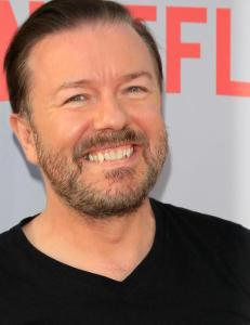 Ricky Gervais st�tter dronning Elizabeth: - Jeg ligna p� Hitler da jeg var syv