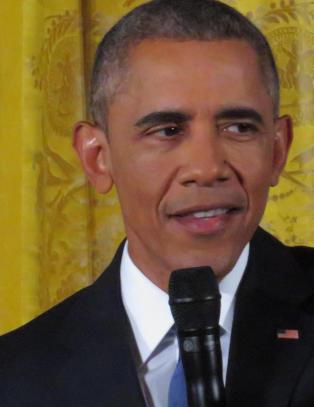 Obama oppfordrer britene til � bli i EU