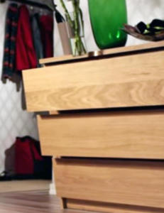 Ikeas egen skrekkvideo viser hvor farlig det er når en kommode velter
