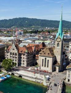 Hva heter den største byen i Sveits?
