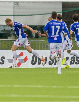 Mj�ndalen slo tilbake etter scoringer av Sarpsborgs debutanter