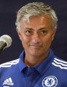 Mourinhos beskjed til  Benitez' kone: - Pass p� dietten til mannen din