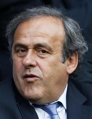 - Platini stiller som presidentkandidat i FIFA