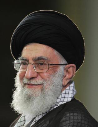 Irans leder la ut bilde av person som ligner p� Obama med pistol til hodet