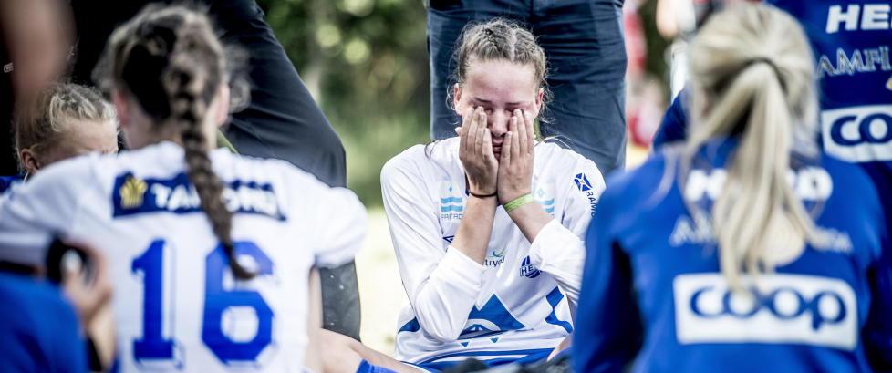 N� er det vinn eller forsvinn - se bilder fra Norway Cup her