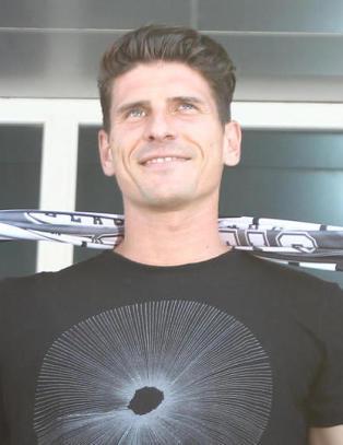 G�mez forlater Fiorentina - klar for Besiktas