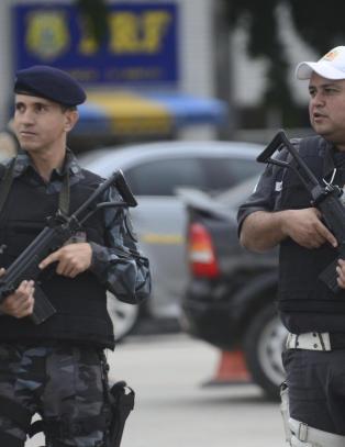 Rio skal bruke 85 000 sikkerhetsvakter under neste �rs OL