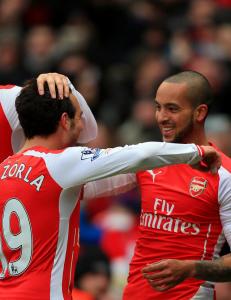 Walcott og Cazorla forlenget med Arsenal