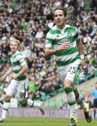 Stefan Johansen med scoring da Celtic fikk en pangstart i ligaen