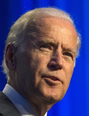 Visepresident Joe Biden vurderer � stille som presidentkanditat