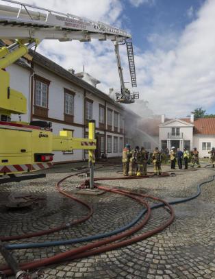 Museumsdirekt�r: - Instrumenter total�delagt i museumsbrannen