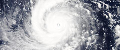 Verdens kraftigste storm kan treffe land tidligere enn antatt